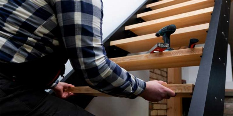 How to build a loft ladder?